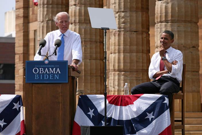 Biden_Obama_3b