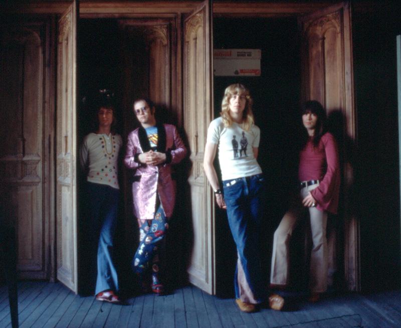 Dee, yo, Davey y Nigel en el Châteaud' Hérouvilleen 1972