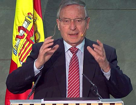 Juergen B. Donges, es Catedrático Emérito de Ciencias Económicas