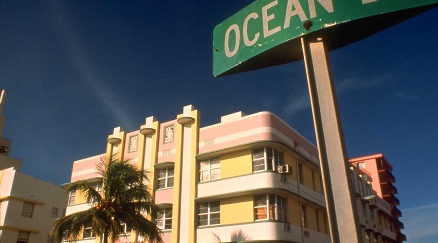 Edificio Art Decó en Ocean Drive