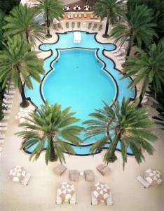 Piscina Hotel Raleigh.