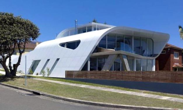 Casa Moebius, ensamblada como un automóvil