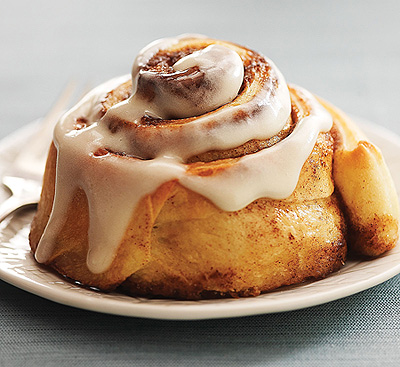 cinnamon-rolls-solo