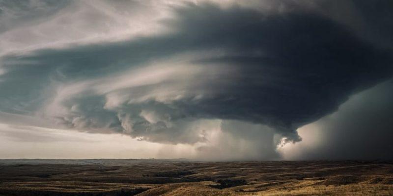 fenomenos atmosfericos huracan