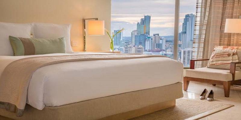 marriot-panama-cama-y-ventana