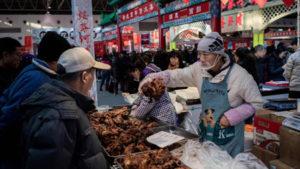 Mercado de carne de perro, como su delantal indica.