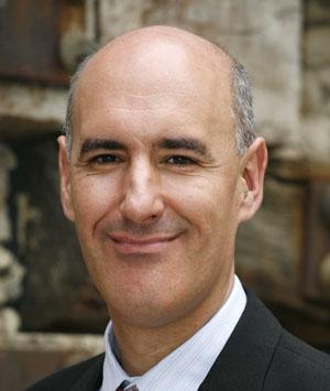 El panelista Mauro Guillén.