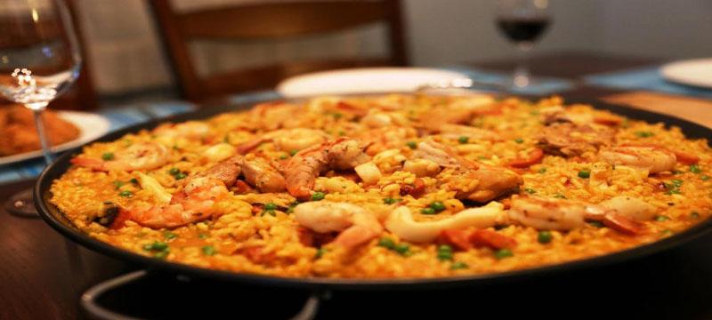 Paella, plato tipico gastronomia española